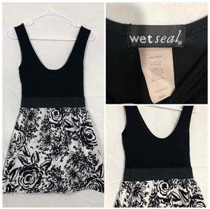 Wetseal tank dress size small